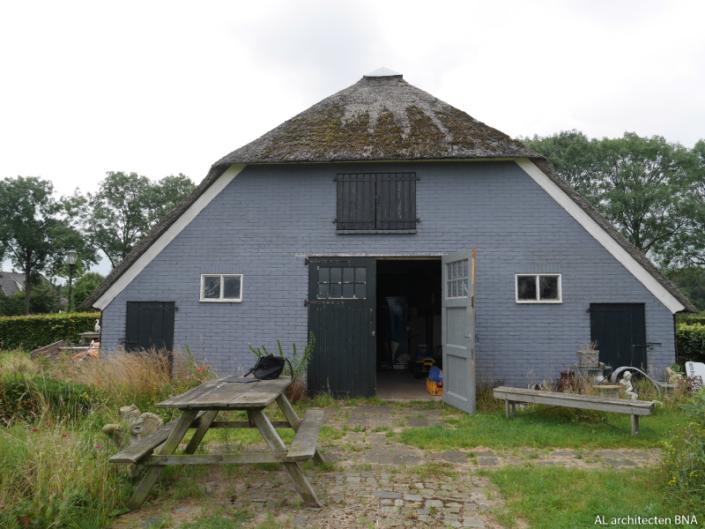 Verbouw en uitbreiding van een woonboerderij in Wijhe